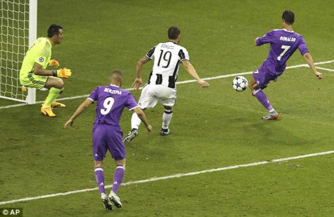 Ảnh: Real - Ronaldo phá bỏ lời nguyền, vinh danh sử sách - 7