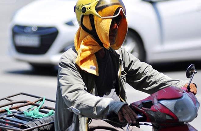 Hà Nội nóng như chảo rang, nhiều người có nguy cơ đột quỵ vì say nắng - 2