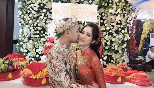 """Không ngờ chị dâu cực xinh của Bảo Thy lại là """"nàng thơ"""" của rapper Karik - 2"""