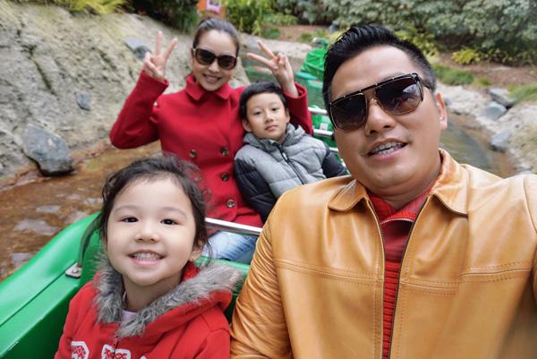 Bất ngờ cách bố dượng đối xử với con riêng của Jennifer Phạm, Kim Cương - 2