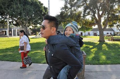 Bất ngờ cách bố dượng đối xử với con riêng của Jennifer Phạm, Kim Cương - 3