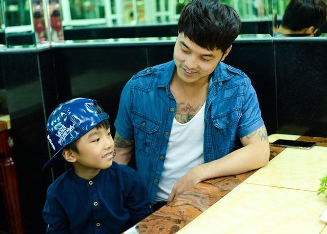 Bất ngờ cách bố dượng đối xử với con riêng của Jennifer Phạm, Kim Cương - 5