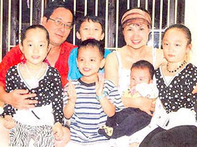 Bất ngờ cách bố dượng đối xử với con riêng của Jennifer Phạm, Kim Cương - 14