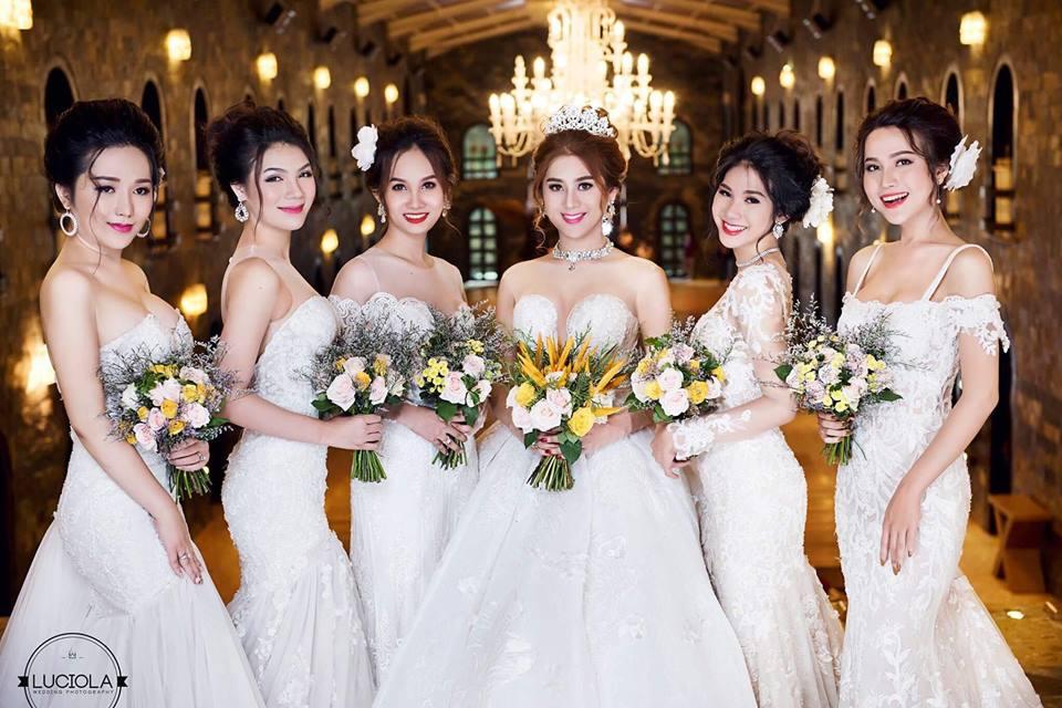 Hé lộ bộ ảnh cưới đẹp lung linh của Lâm Khánh Chi - 4