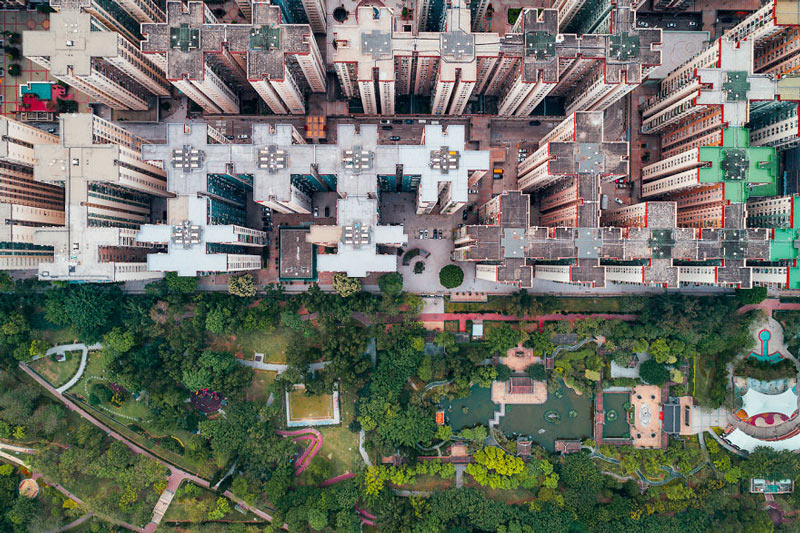 Những tòa cao ốc Hồng Kông nhìn từ trên... trời - 8