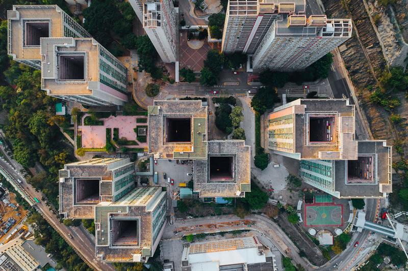 Những tòa cao ốc Hồng Kông nhìn từ trên... trời - 5