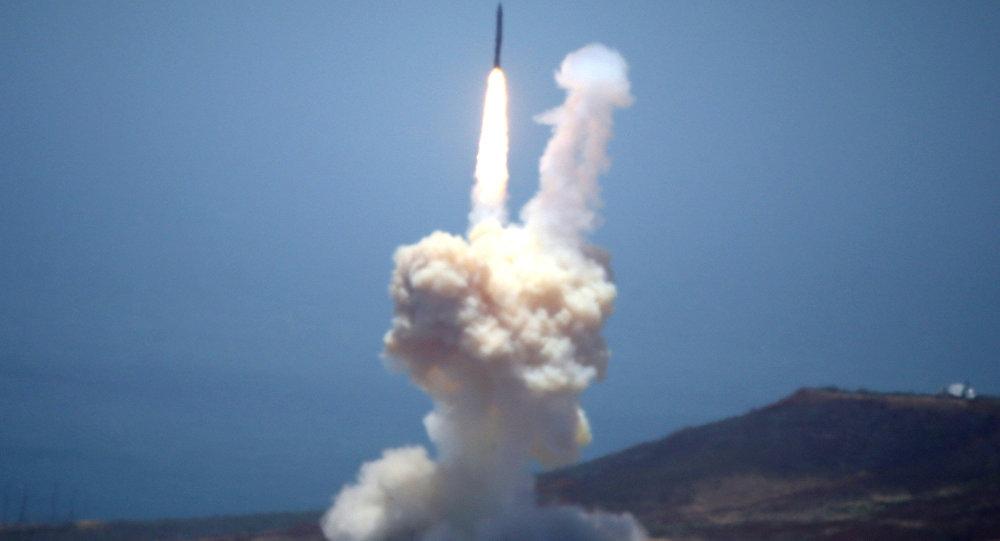 Chyên gia Nga: Mỹ không thể chặn tên lửa từ Triều Tiên - 1
