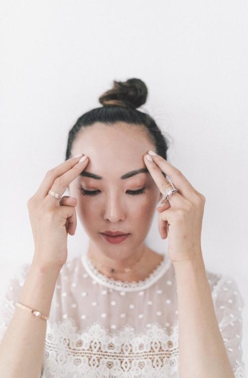 Nếu chưa biết bôi kem dưỡng đúng điệu, học ngay blogger gốc Hàn! - 6