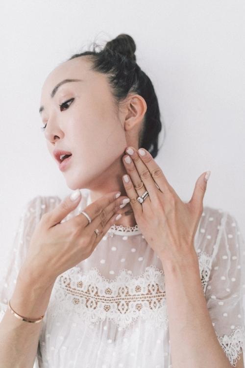 Nếu chưa biết bôi kem dưỡng đúng điệu, học ngay blogger gốc Hàn! - 5