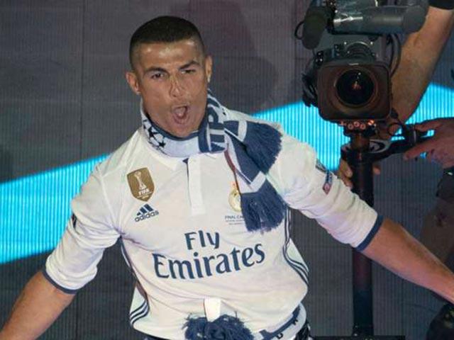 Real vô địch Cúp C1: Ronaldo tự xưng là QBV, không cần De Gea