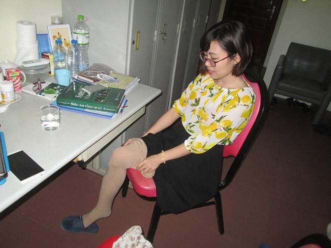 Nghị lực phi thường của nữ bác sĩ 9x chỉ còn một chân - 1
