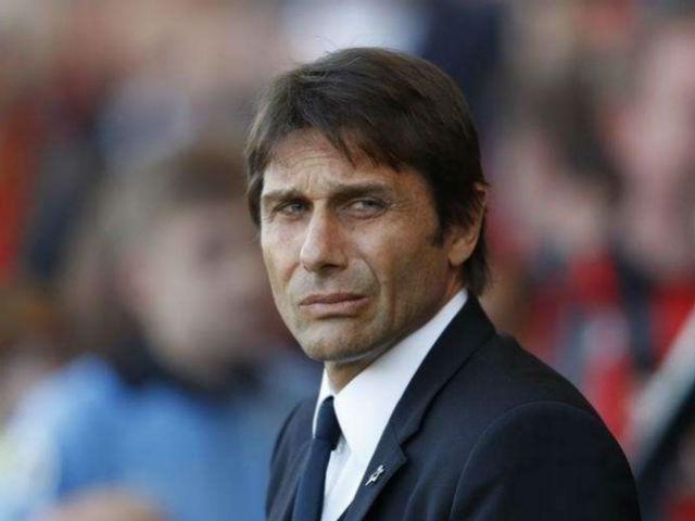 """Chelsea: Conte sợ bị """"đâm lén"""" như Mourinho, không nghỉ hè"""