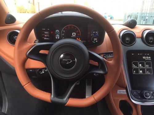 McLaren 570S của 'trùm' ma túy Hoàng béo có gì đặc biệt? - 9