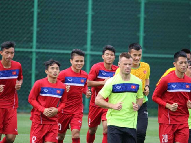 Lấy bóng đá trẻ Việt Nam 'dạy' Singapore - 1