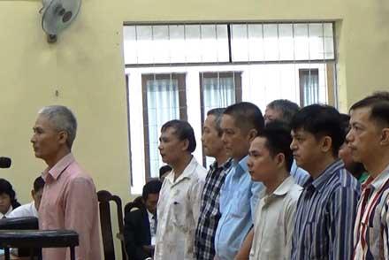 """30 ngày xét xử 7 """"đại gia"""" thủy sản Cà Mau - 1"""