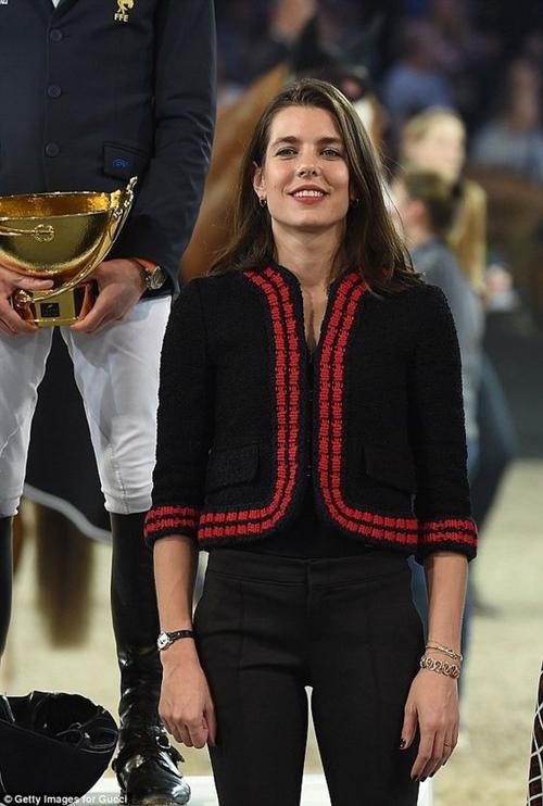 Bí quyết đẹp ngây ngất của công chúa ăn chơi nhất Monaco - 5