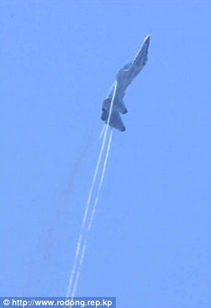 Không quân Triều Tiên rầm rộ tập bắn phá tàu sân bay - 2