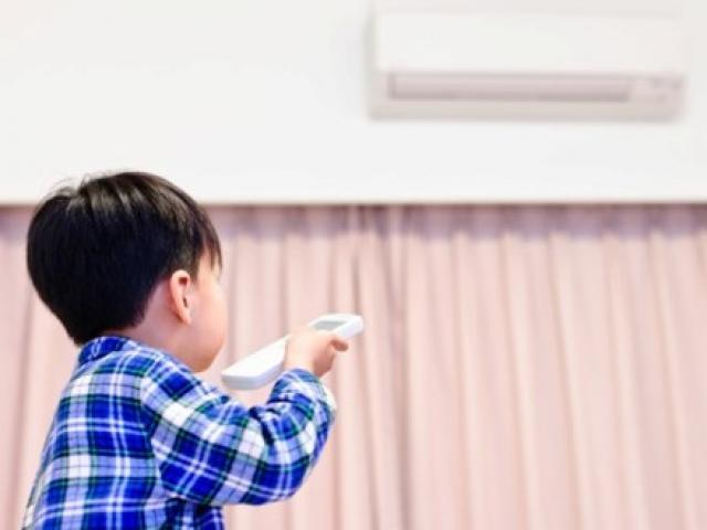 Trẻ ốm khật khừ vì cha mẹ 'nhốt' trong điều hoà cả ngày