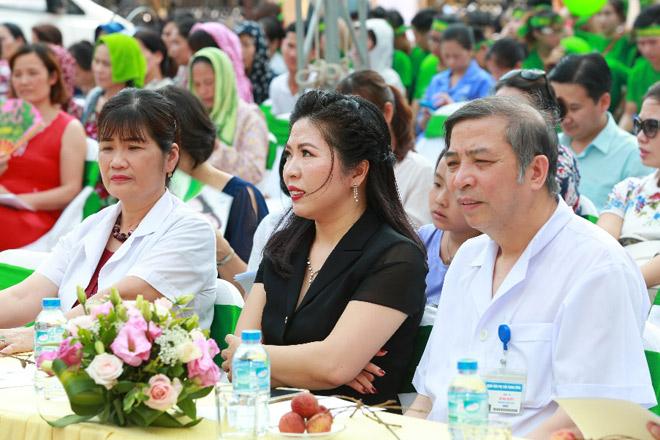 """Bảo Xuân đồng hành cùng Hội phụ sản VN phát động chiến dịch """"Đừng thờ ơ với nội tiết tố nữ"""" - 3"""