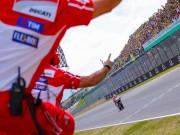 """Thể thao - Đua xe MotoGP: 69 giây cho người xấu số và chủ nhà """"làm loạn"""""""