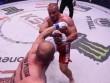 """MMA: Lực sĩ khỏe nhất hành tinh đo ván """"thánh knock-out"""""""