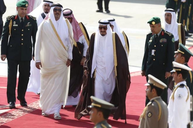"""""""Giọt nước tràn ly"""" khiến Ả Rập Saudi cắt quan hệ Qatar - 1"""