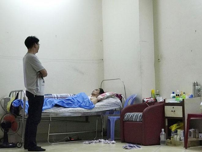 Thực hư tin vợ Nguyễn Hoàng ôm con bỏ đi khi chồng thoi thóp bệnh tật - 2
