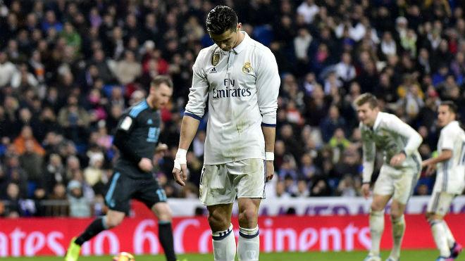 Ronaldo - huyền thoại đương đại: Bất tử từ những tranh cãi, thị phi (P2) - 1