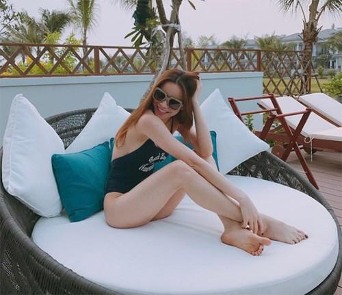 Tuyên bố độc thân, Hà Hồ, Midu ngày càng sexy thế tình cũ có tiếc? - 1