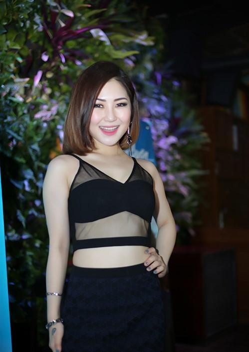 Tuyên bố độc thân, Hà Hồ, Midu ngày càng sexy thế tình cũ có tiếc? - 13