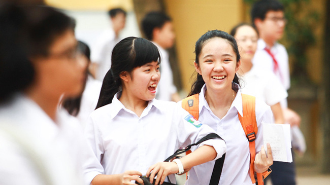 Hôm nay, hơn 76.000 thí sinh Hà Nội làm thủ tục dự thi tuyển sinh vào 10 - 1
