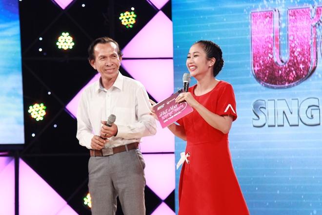 Trấn Thành cảm kích người đàn ông hát nhạc Trịnh giúp trẻ đến trường - 2