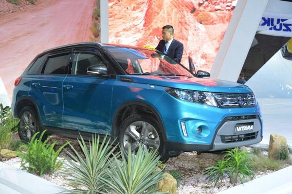 Người Việt giảm chi tiêu mua hơn 100.000 ô tô - 1