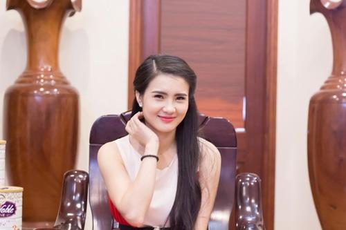 Những cô chị dâu, em chồng sao Việt nổi đình đám vì quá gợi cảm - 6