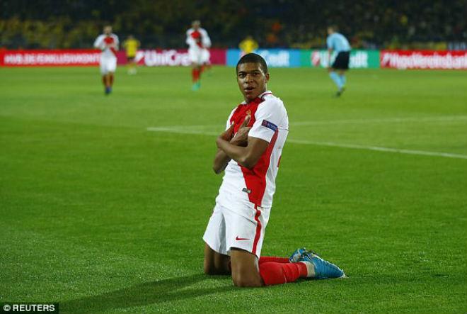 Dấu ấn cúp C1: Dưới gót chân Real – Ronaldo, xấu hổ Arsenal - 4