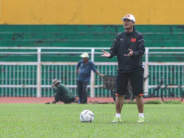 Ai ép HLV Hữu Thắng đưa trẻ U-20 lên tuyển?