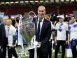 """Real hết thời """"cối xay"""" HLV: Biến Zidane thành """"Sir Alex mới"""""""