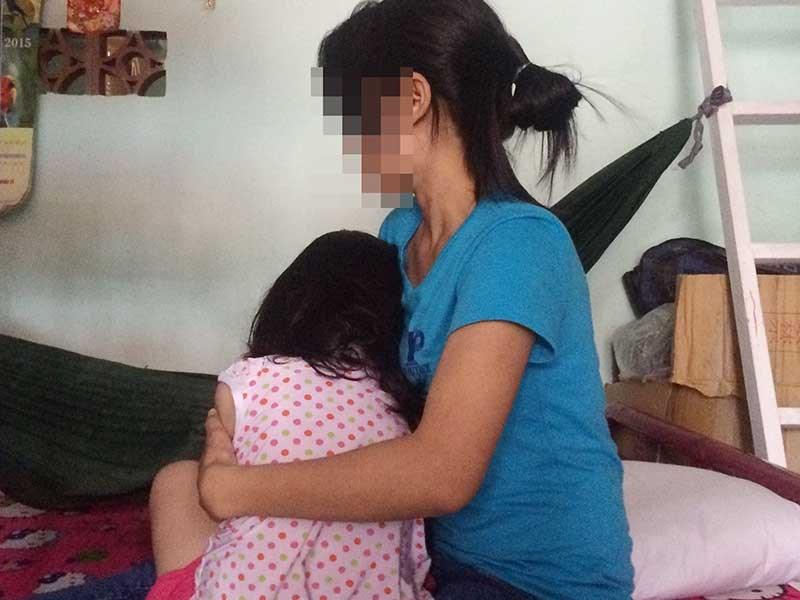 Nghi án bé 3 tuổi bị hàng xóm hiếp dâm - 1