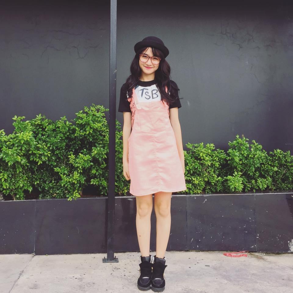 Hòa Minzy khoe style học sinh cực đáng yêu - 7