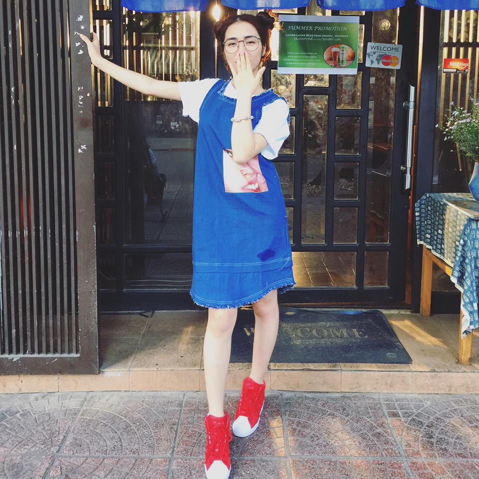 Hòa Minzy khoe style học sinh cực đáng yêu - 9