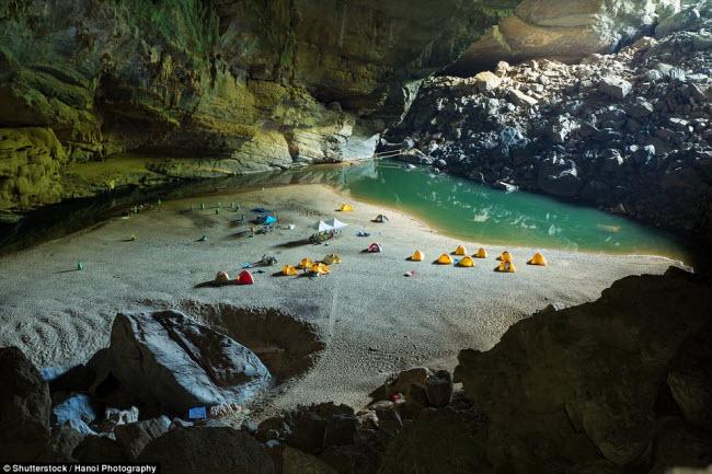 Những điểm cắm trại nguy hiếm nhất thế giới - 5