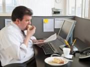 Sức khỏe đời sống - Ngồi cạnh đồng nghiệp quá cân dễ bị béo phì
