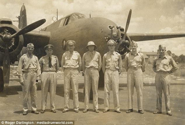 Phi công sát thủ Anh hạ 15 máy bay Đức trong 3 tháng - 1