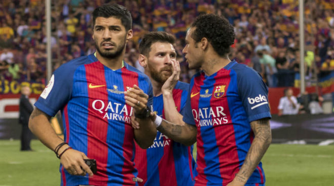 Chuyện thật như đùa: Mặc áo Barca đi tù 15 năm - 2