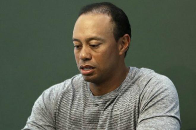 """""""Nốc"""" thuốc mất kiểm soát, Tiger Woods gặp may khi... bị bắt - 1"""