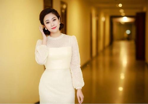 Nữ MC xinh đẹp của VTV tiết lộ lý do độc thân đầy bất ngờ - 9