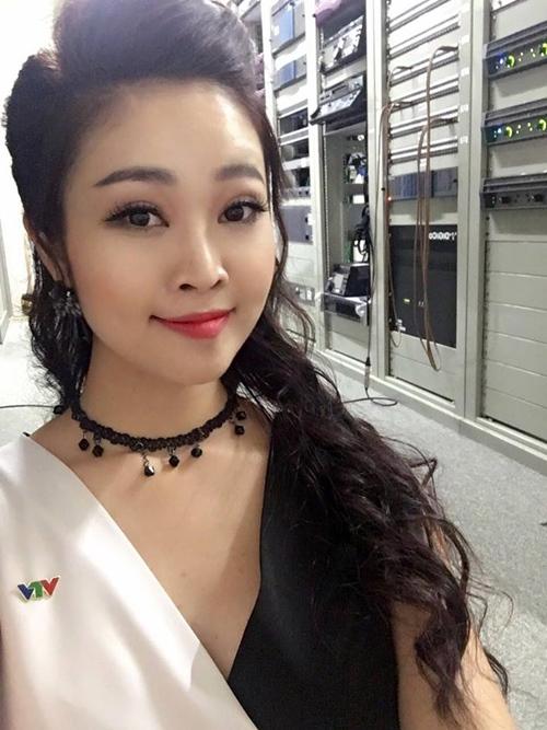 Nữ MC xinh đẹp của VTV tiết lộ lý do độc thân đầy bất ngờ - 11