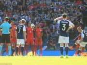 """Bóng đá - Scotland - Anh: 2 siêu phẩm & bi kịch """"Cầm vàng để vàng rơi"""""""