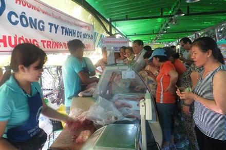 Thịt heo giảm giá: Nơi tấp nập, chỗ vắng hoe - 2
