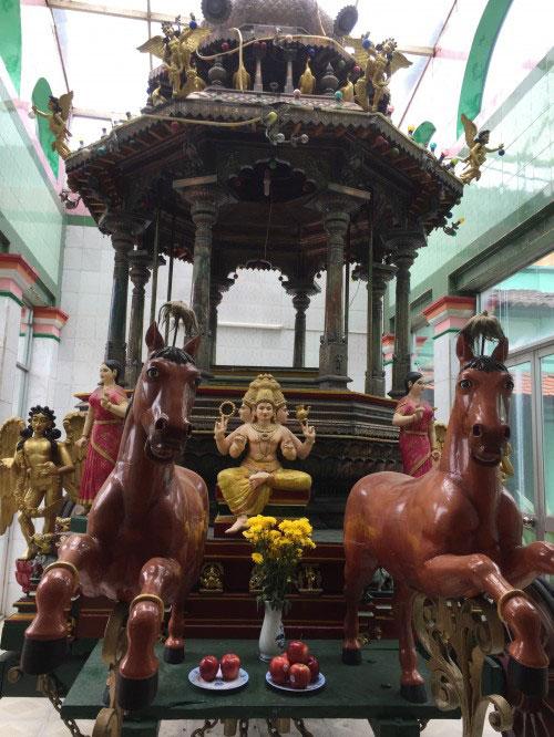 Ngôi đền thiêng và bí ẩn về người Tamil giữa Sài thành - 5